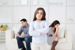 При разводе как делятся дети соглашение о детях, кому достанется и с кем оставят ребенка, права родителей на детей