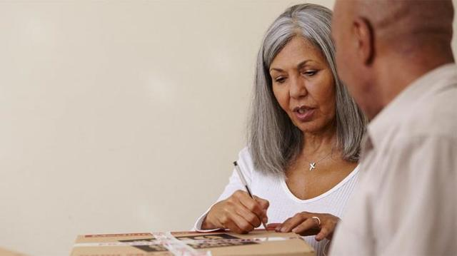 Как получить пенсионные накопления умершего родственника или их часть