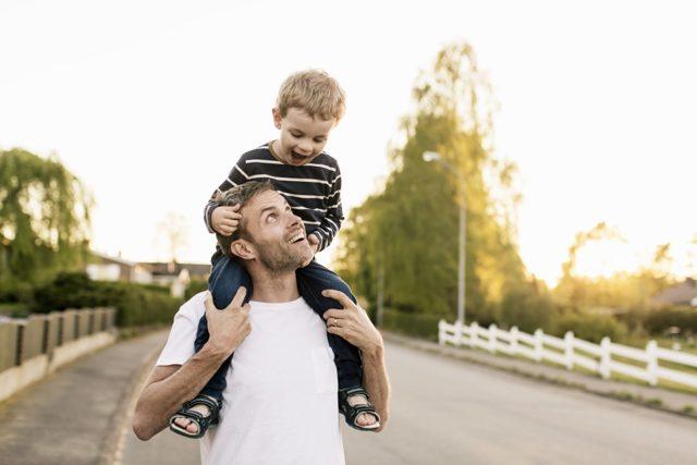 Определение места жительства ребенка в суде и по соглашению с отцом или матерью. Как отсудить ребенка после развода