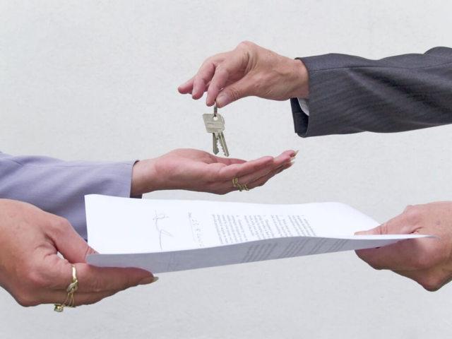 Как оформить договор дарения гаража: пошаговые действия