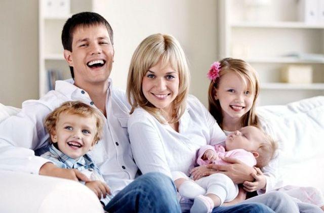 Что положено многодетной матери с 3 детьми в 2020 году