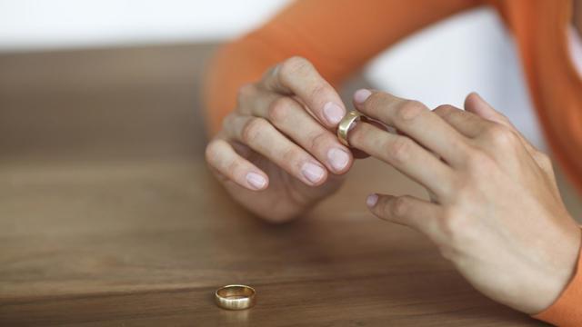 Как наладить отношения с мужем на грани развода и сохранить семью: советы психологов