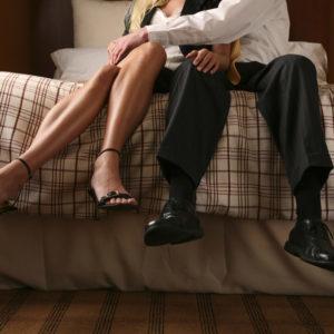 Жена изменила: что делать, советы психологов