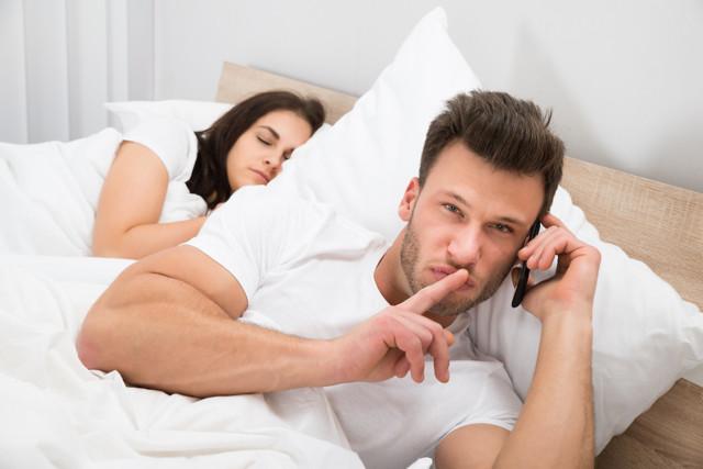 Как узнать что муж врет