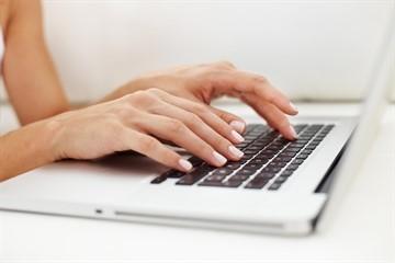 Можно ли заявление на увольнение напечатать на компьютере или обязательно писать от руки