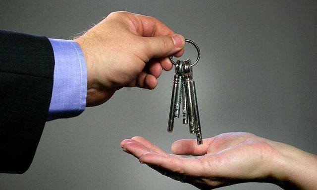 Как переоформить квартиру по дарственной
