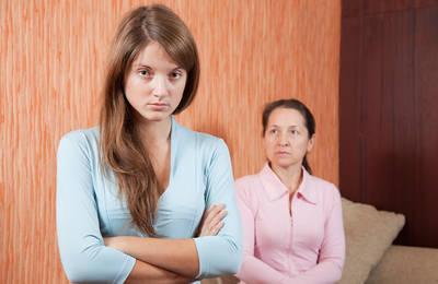 Ранние браки за и против, причины, проблемы и пути их решения
