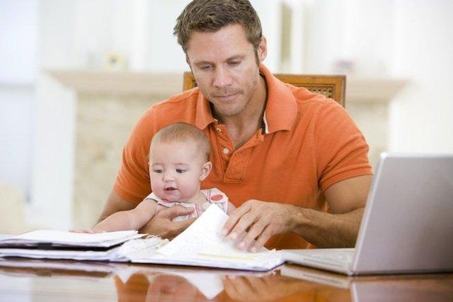 Какие права на ребенка имеет отец после развода в 2020 году