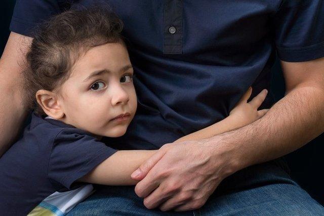 Изъятие ребенка из семьи органами опеки: основания, почему забирают детей