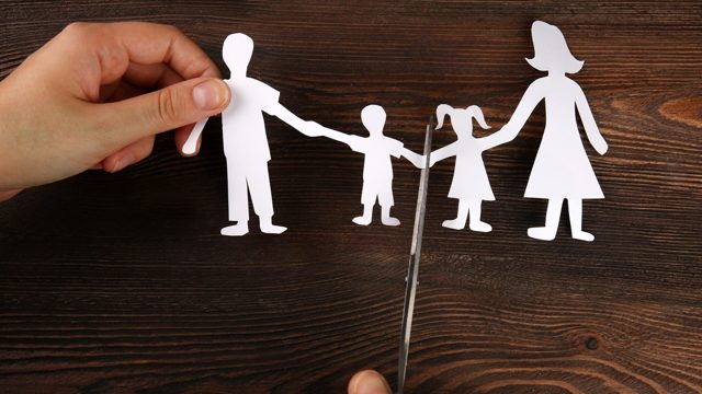 Может ли ребенок отказаться от отца?