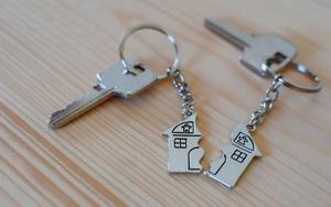 Как делится квартира при разводе, если собственник - муж?