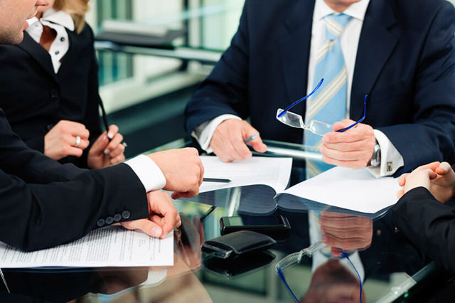 Варианты передачи имущества, находящегося в собственности фирмы, другому лицу